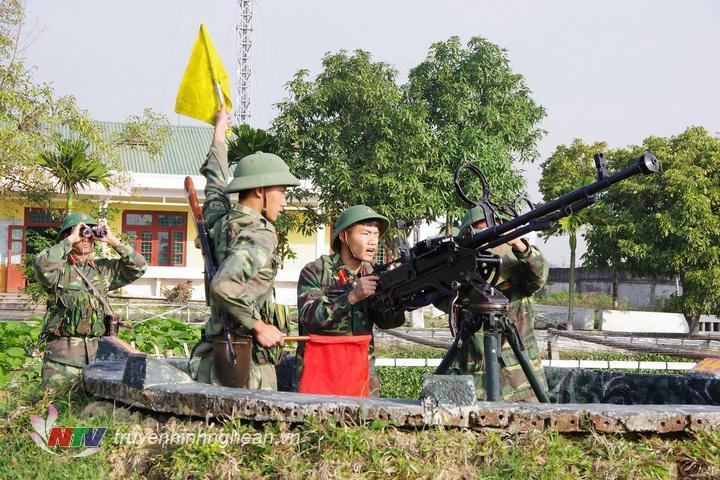 Trung đội súng máy phòng không 12,7mm Tiểu đoàn 41, Trung đoàn 764 luyện tập phương án SSCĐ