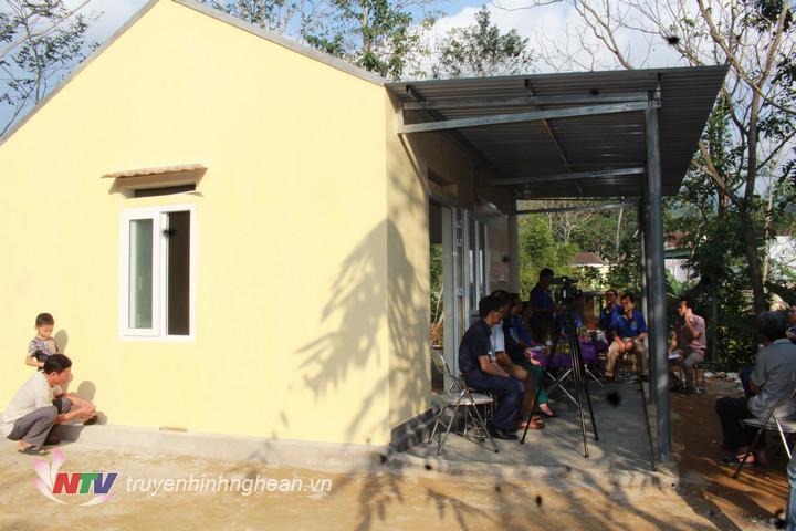 Bà Khang có ngôi nhà kiên cố để ở đón cái tết cổ truyền ấm cúng (1)