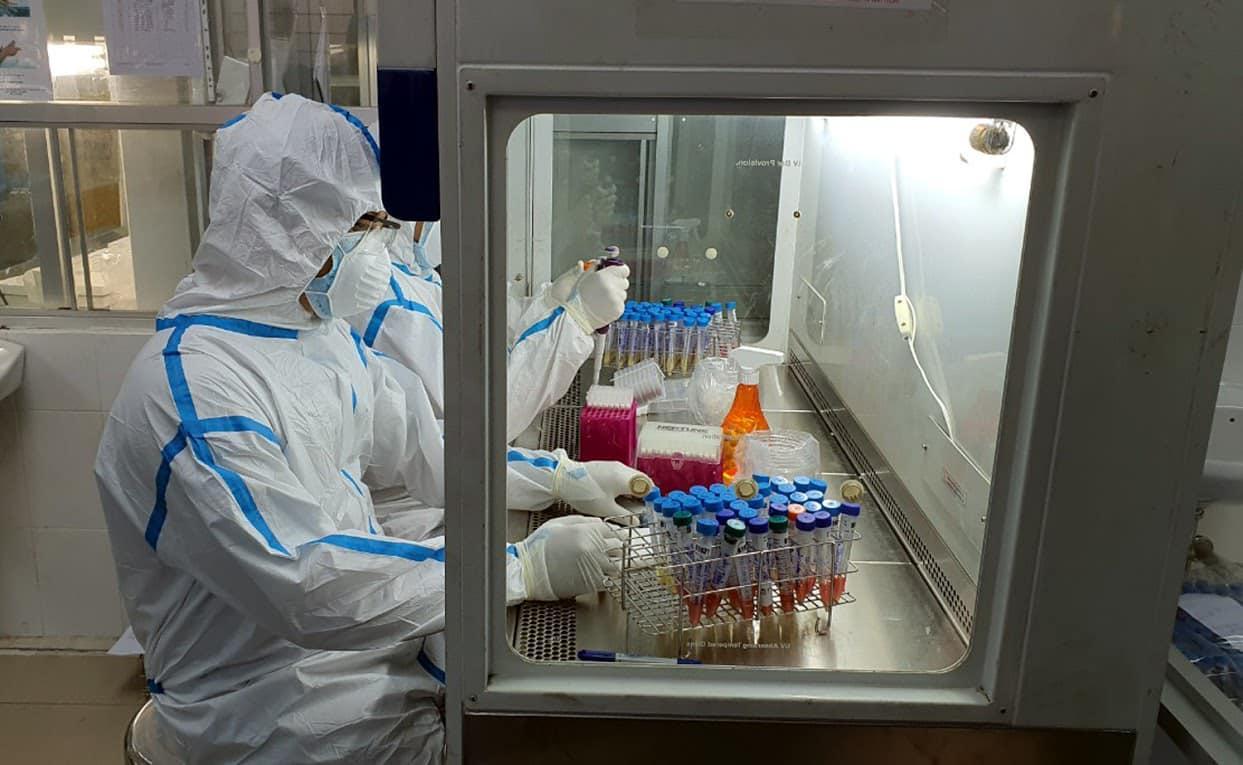 Việt Nam ghi nhận bệnh nhân đầu tiên nhiễm biến thể mới của virus SARS-CoV-2 - 1