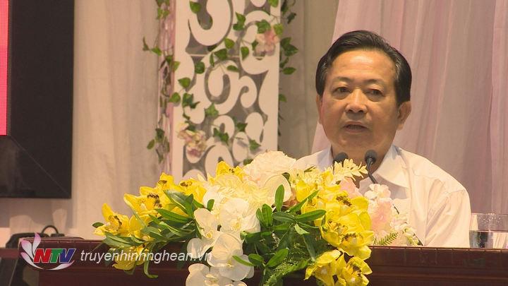 Ông Trần Duy Ngoãn - Chủ tịch Hội Nhà báo Việt Nam tỉnh Nghệ An phát biểu tại buổi họp báo.