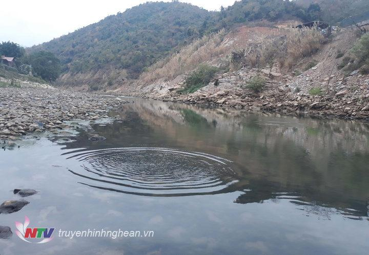 Khu vực sông Nậm mộ cá thường vào đẻ nhiều.