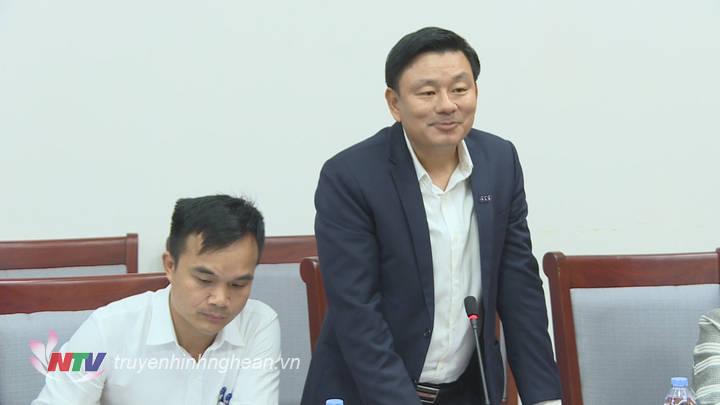 Các đại biểu phát biểu tại cuộc họp.
