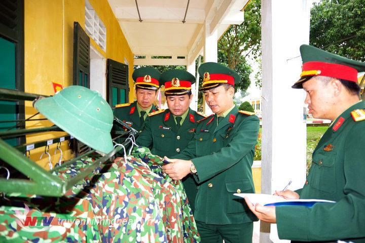 Quan Khu 4 Kiểm Tra Cong Tac Chuẩn Bị Huấn Luyện Chiến Sĩ Mới Tại Trung đoan 335 Sư đoan 324 đai Phat Thanh Va Truyền Hinh Nghệ An