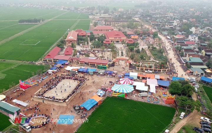 Toàn cảnh đền, chùa Gám, xã Xuân Thành, Yên Thành