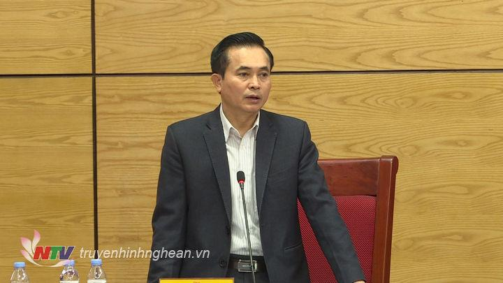 Phó Chủ tịch UBND tỉnh Lê Ngọc Hoa phát biểu tại buổi họp.