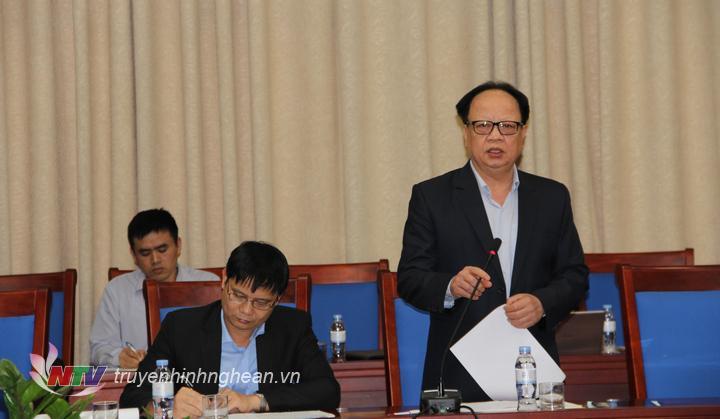 Ông Nguyễn Văn Độ - Giám đốc Sở KHĐT báo cáo tại buổi làm việc.