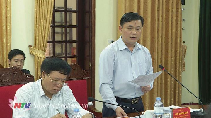 Chủ tịchUBND tỉnh Thái Thanh Quý phát biểu tại phiên họp.