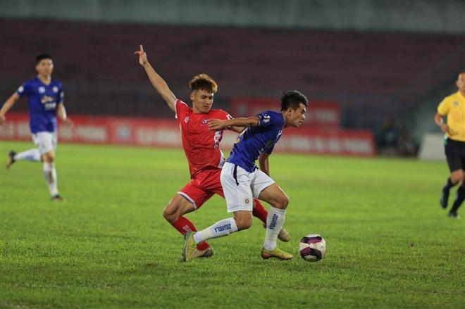 Hà Nội FC giành chiến thắng đầu tiên ở V-League 2021.