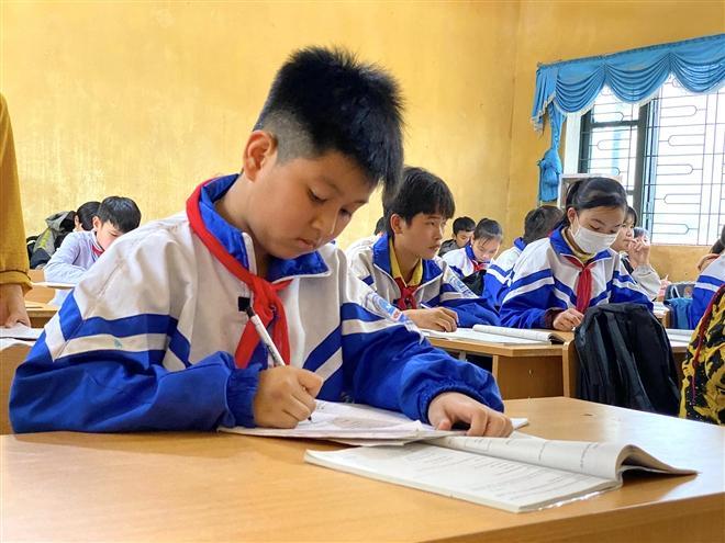 Học sinh trường THCS Nông Hạ (Chợ Mới, Bắc Kạn).