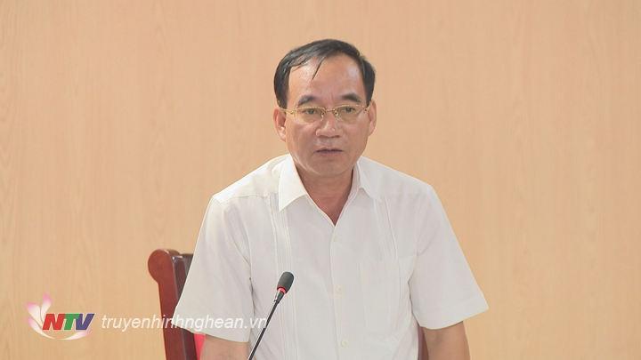 Đ/c Hoàng Viết Đường - Phó Chủ tịch HĐND tỉnh phát biểu tại hội nghị.
