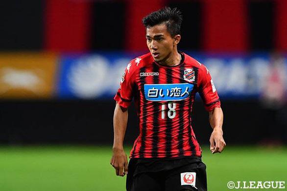 J-League thu hút sự quan tâm rất lớn từ Thái Lan nhờ Chanathip Songkrasin.