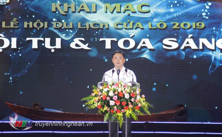   Chủ tịch UBND tỉnh Thái Thanh Quý phát biểu khai mạc lễ hội.  