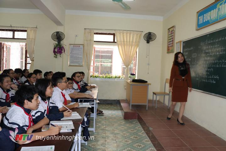 Một giờ học của học sinh THCS