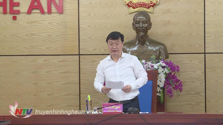 Chủ tịch UBND tỉnh Nghệ An Nguyễn Đức Trung phát biểu tại hội nghị.
