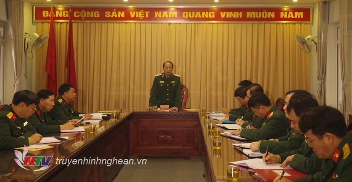Trung tướng Trần Võ Dũng, Bí thư Đảng ủy, Chính ủy Quân khu 4 làm việc với Đảng ủy Lữ đoàn vềcông tác chuẩn bị Đại hội