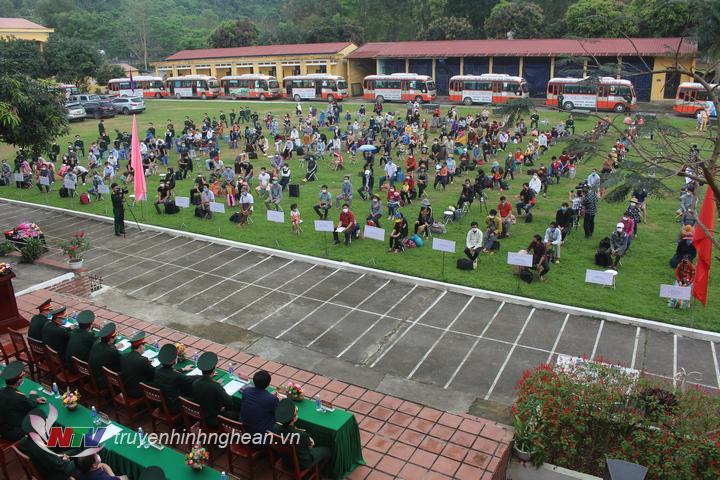 Trường Quan Sự Quan Khu 4 Ban Giao 325 Cong Dan Hoan Thanh Thời Gian Cach Ly đai Phat Thanh Va Truyền Hinh Nghệ An