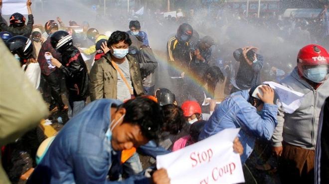 Bất ổn diễn ra ở Myanmar diễn ra từ sau đảo chính 1/3. (Ảnh: Reuters)