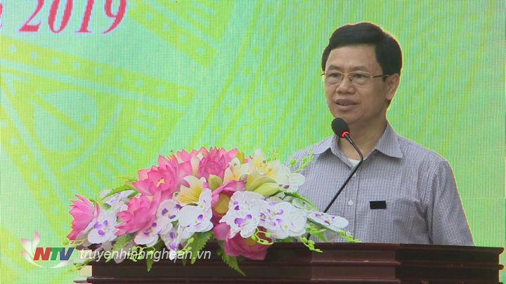 Phó Bí thư Thường trực Tỉnh uỷ Nguyễn Xuân Sơn phát biểu tại hội nghị.