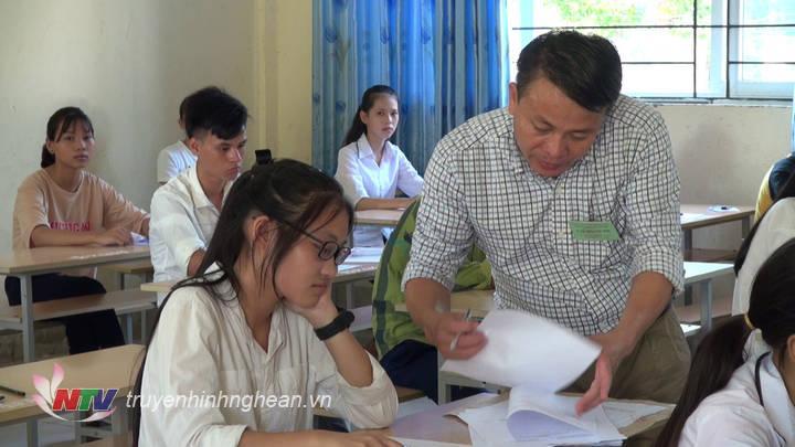 Thí sinh được phổ biến quy chế thi tại kỳ tuyển sinh vào lớp 10 năm 2019.