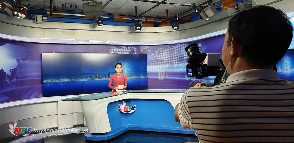 Đổi mới, nâng cao chất lượng toàn diện các chương trình, bản tin trên 2 sóng PT-TH và trang thông tin điện tử truyenhinhnghean.vn