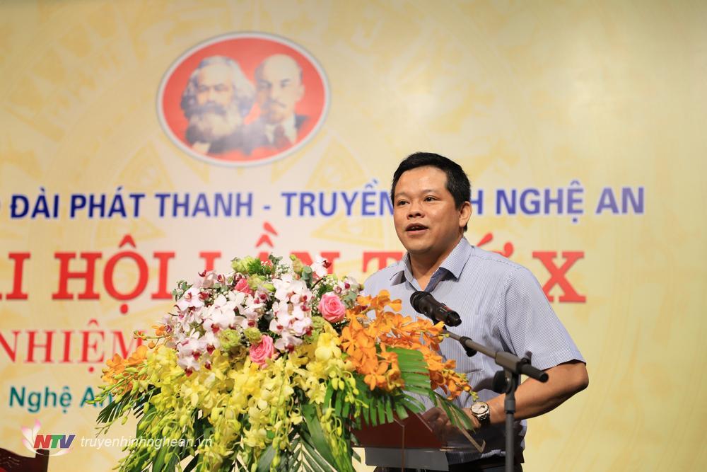 Đồng chí Nguyễn Kiều Hưng - Trưởng phòng Biên tập - TTĐT tham luận tại đại hội.