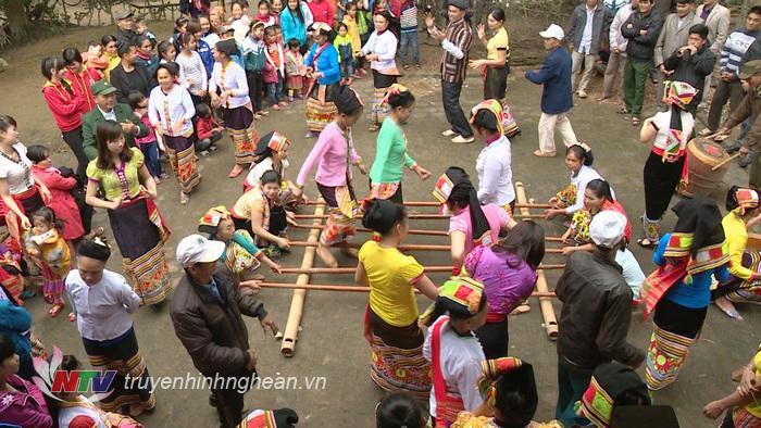 Bản Phẩy Thái Minh đã chủ động phục dựng lại một số lễ hội truyền thống, tạo tiền đề cho việc xây dựng làng du lịch cộng đồng.