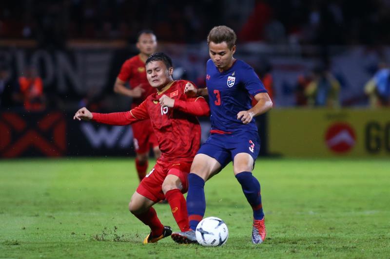 Tuyển Việt Nam và Thái Lan đang ganh đua vị trí số 1 Đông Nam Á cũng như tấm vé đi tiếp ở vòng loại World Cup.