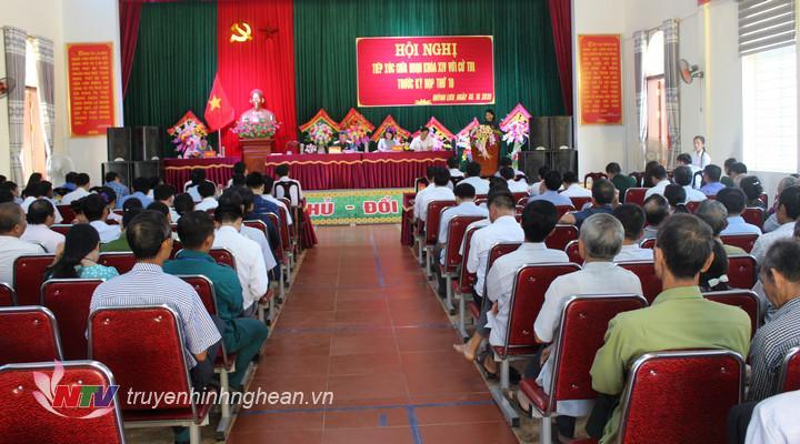 Đại biểu Quốc hội khóa XIV tiếp xúc cử tri tại huyện Quỳnh Lưu. )Tư liệu)