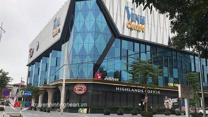 Cơ sở kinh doanh vi phạm quy định phòng, chống dịch nằm trong Trung tâm thương mại Vinh Centre