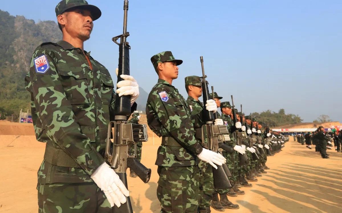 Lực lượng phiến quân KNU (Quân đội Dân tộc Karen) tại căn cứ của họ ở vùng biên giới Myanmar-Thái Lan. Ảnh: KNU.