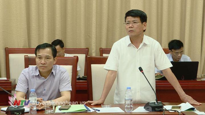 Đại diện lãnh đạo Sở NN&PTNT phát biểu tại cuộc họp.