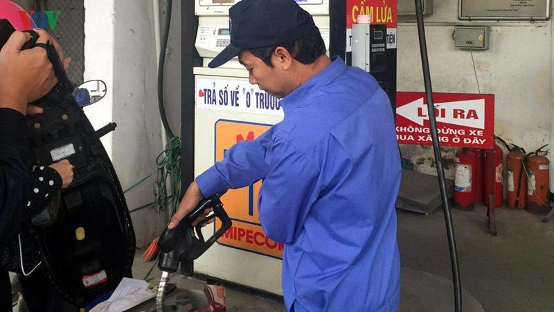 Giá xăng dầu đã có 2 lần giảm liên tiếp từ giữa tháng 5 đến nay.
