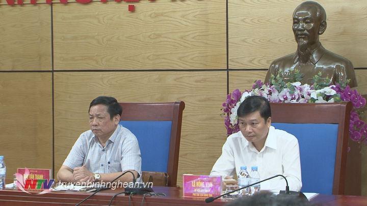 Phó Chủ tịch UBND tỉnh Lê Hồng Vinh chủ trì tại điểm cầu Nghệ An.