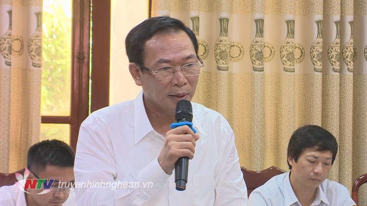 Lãnh đạo sở Tài chính phát biểu tại buổi làm việc.