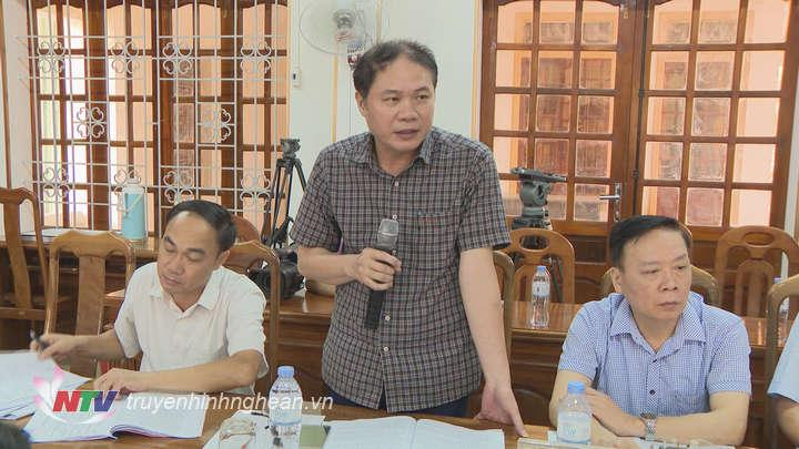 Đại diện Ban Tổ chức Tỉnh ủy phát biểu tại buổi làm việc.
