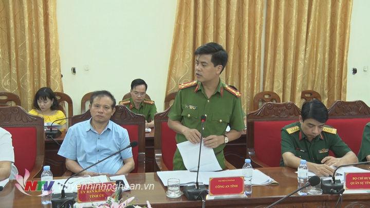 Đại diện lãnh đạo Công an tỉnh phát biểu tại hội nghị.