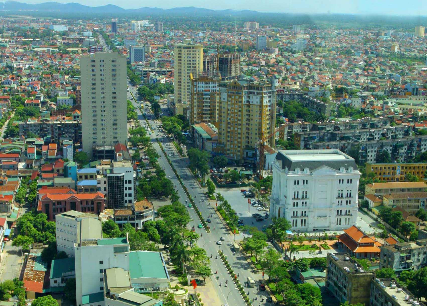  Trục đường Lê Lợi, Quang Trung, Trần Phú (TP Vinh). 