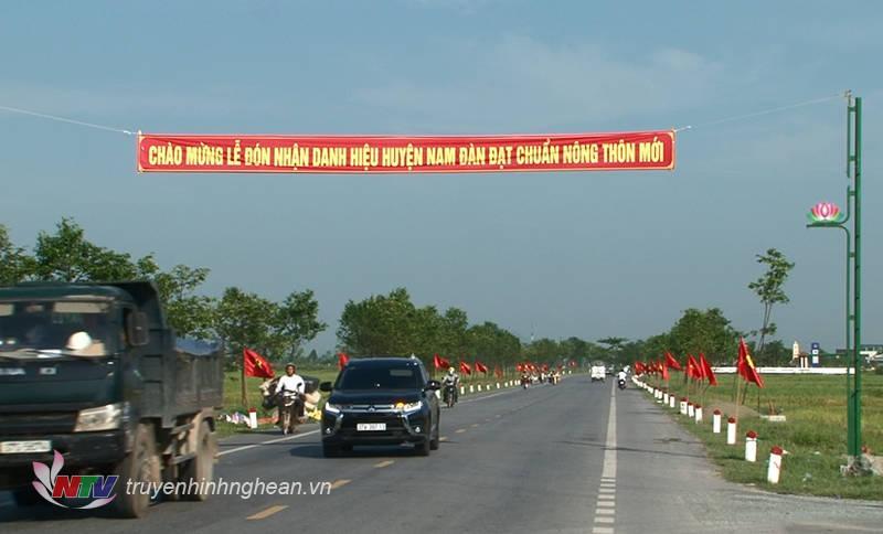 Nam Đàn - địa phương đầu tiên ở Nghệ An đón nhận danh hiệu huyện đạt chuẩn NTM Quốc gia.