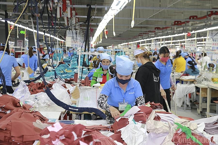 Nhiều lao động trên địa bàn Nghệ An sẽ được giảm mức đóng vào Quỹ Bảo hiểm tai nạn lao động, bệnh nghề nghiệp.