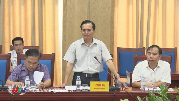 Phó Chủ tịch UBND tỉnh Lê Ngọc Hoa phát biểu tại buổi làm việc.