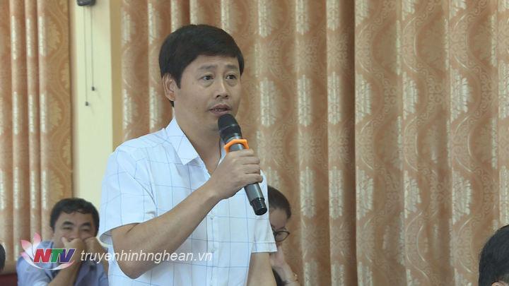 Đại diện các cơ quan báo chí phát biểu tại hội nghị.
