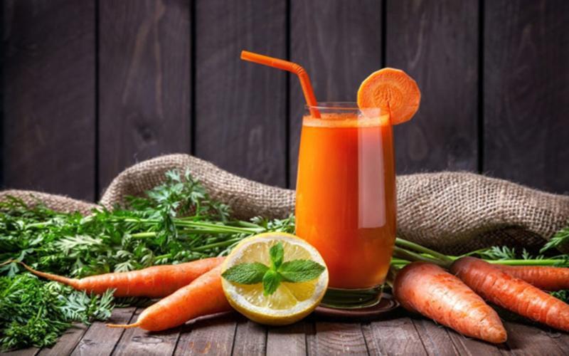 Ngăn ngừa mất trí nhớ: Hợp chất dinh dưỡng trong cà rốt có tác dụng bảo vệ hệ thống thần kinh trung ương, chống lão hóa sớm.