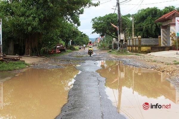 Tỉnh lộ 538E đoạn qua huyện Yên Thành và Diễn Châu hư hỏng, xuống cấp trầm trọng.