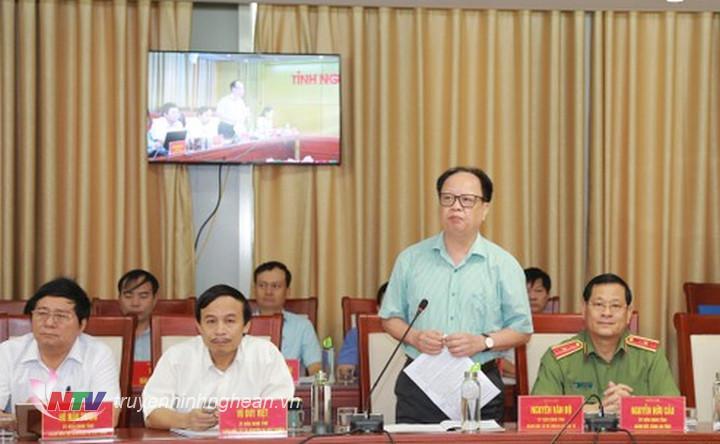 Giám đốc Sở KH&ĐT Nguyễn Văn Độ báo cáo kết quả thực hiện kinh tế - xã hội 9 tháng đầu năm 2019, nhiệm vụ 3 tháng cuối năm.