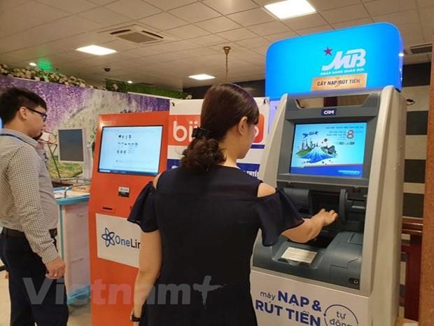 Thanh toán viện phí không dùng tiền mặt thông qua thẻ của các ngân hàng