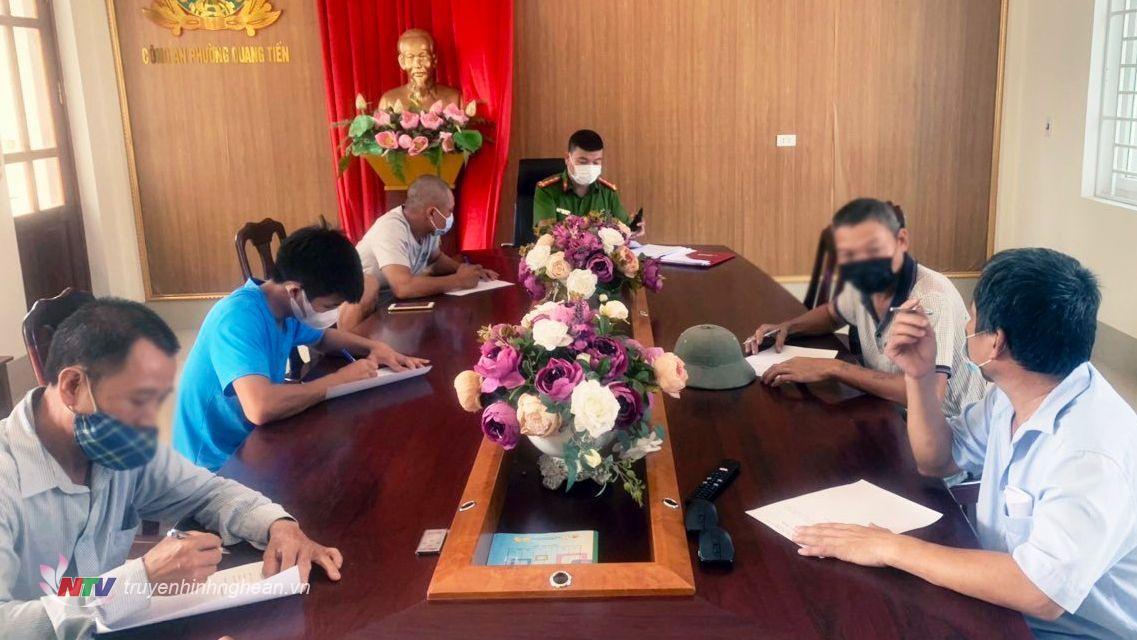 Công an phường Quang Tiến đã mời các công dân trên về trụ sở để làm việc