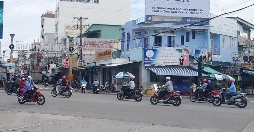 Công tác xét nghiệm tỉnh Kiên Giang và Tiền Giang chậm hơn tốc độ lây lan, không đáp ứng yêu cầu phòng chống dịch.