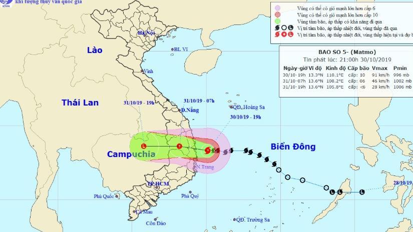 Vị trí, đường đi của bão cập nhật lúc 21h ngày 30/10.