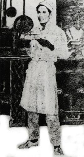 Anh thanh niên Văn Ba trên tàu Latouche Treville. (Ảnh Internet)
