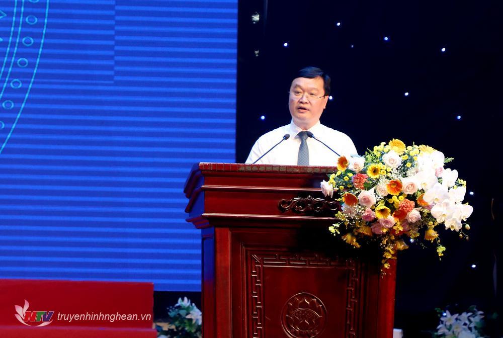 Chủ tịch UBND tỉnh Nguyễn Đức Trung phát biểu tại buổi gặp mặt nhân Kỷ niệm ngày Doanh nhân Việt Nam 13/10.
